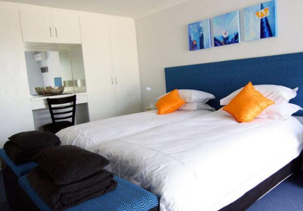 go geometric room monte video guest house beds